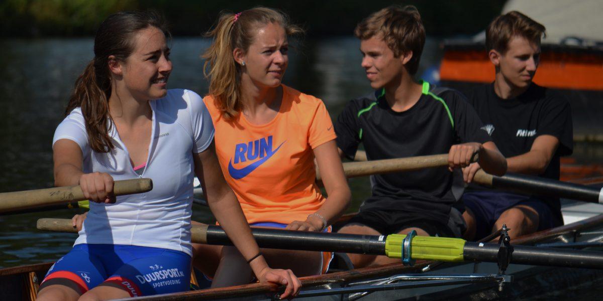 Schoolroeien bij Roeiclinics Utrecht: een goed alternatief voor gymlessen en een leuke invulling van sportoriëntatie.